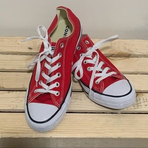 Converse®️All Star Red size 7.5 Men's 9.5 Women's